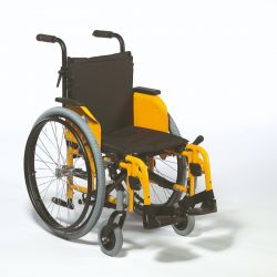 Cadira de rodes manual infantil