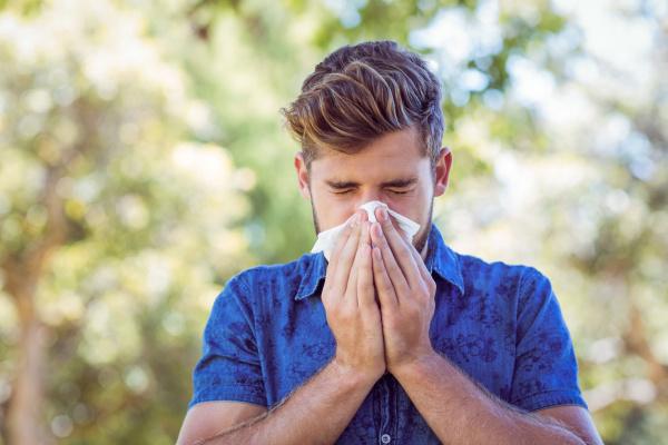Cómo te pueden ayudar los aceites esenciales si tienes alergias