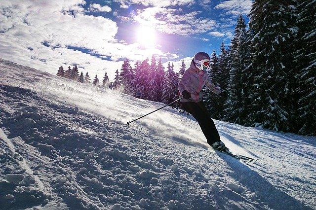Cómo evitar lesionarse con los deportes de invierno