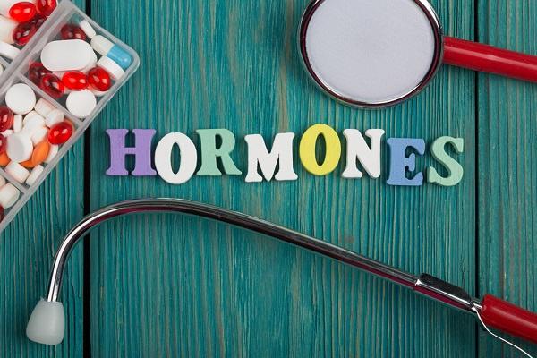 Riesgos y beneficios de la Terapia Hormonal Sustitutiva